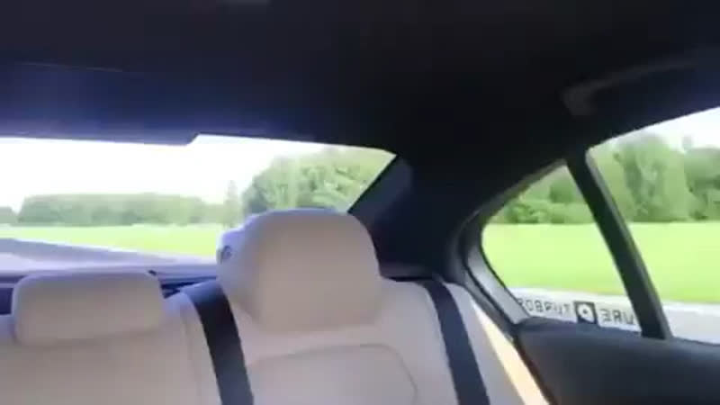 BMW M3 (700hp) vs. Nissan GT-R (650hp)