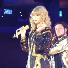 """sasha !! 💖 on Instagram: """"WATCH THIS TIL THE END SHE'S SO CUTE _ #taylorswift #reputationstadiumtour"""""""