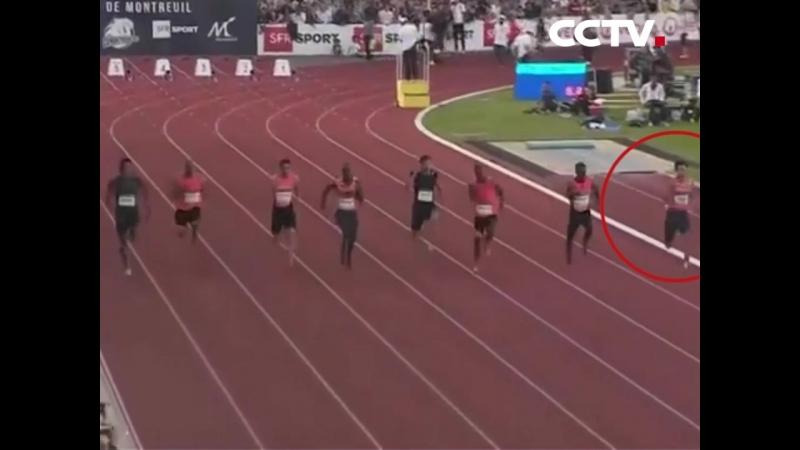 Китайский легкоатлет Се Чжэнье