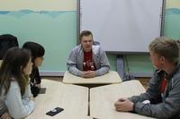 Неформальная беседа с молодежью состоялась сегодня в МУ Дворец молодежи