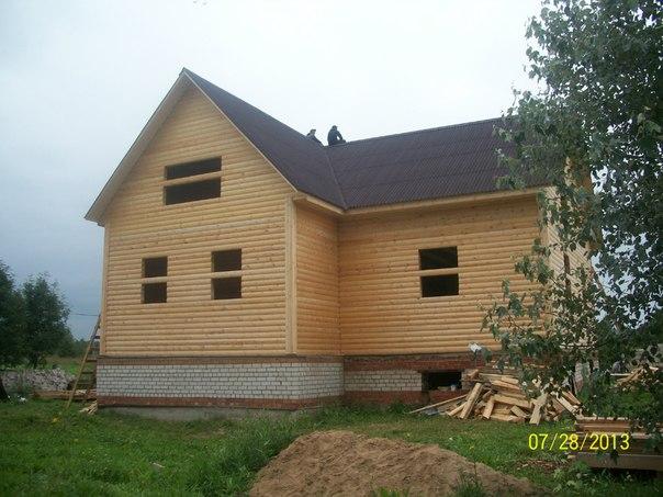 Здравствуйте, мы рады предложить вам услуги строительства домов, бань и коттеджей из бруса в Московской