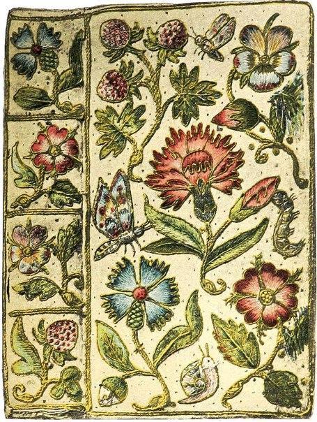 Обложки книг, украшенные ручной вышивкой