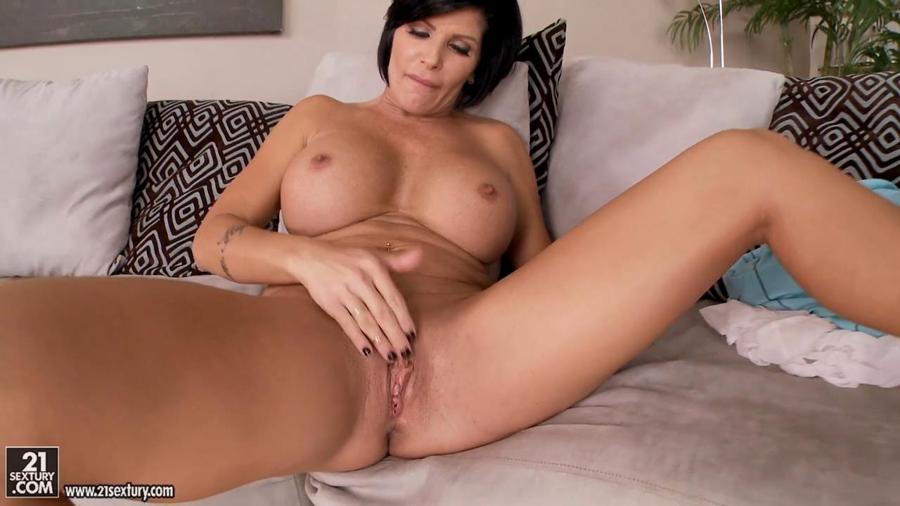 Shay Fox Milf Temptation ClubSandy