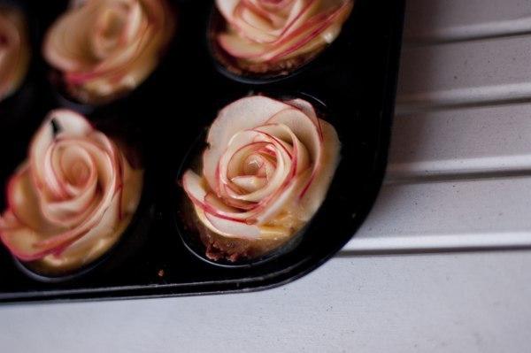 Яблоки-розы