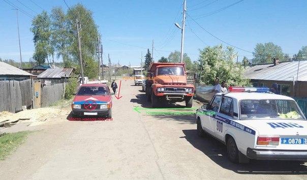 В п. Железнодорожный водитель «Москвича» наехал на 5-летнюю девочку