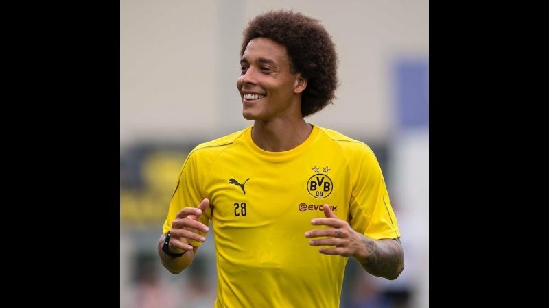 Аксель Витсель на первой тренировке в качестве игрока дортмундской «Боруссии»