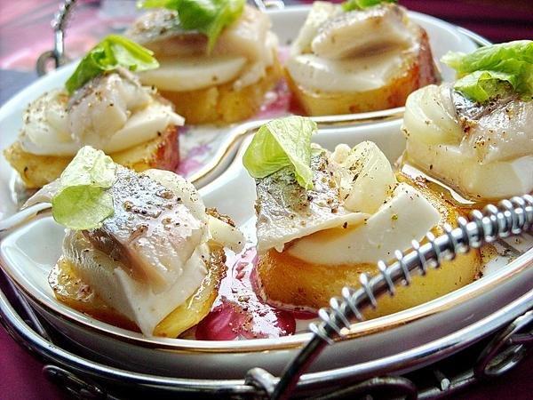закуски из соленой сельди рецепт с фото