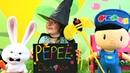 Pepee için sihirbazlık gösterisi Oyun toplarını çoğaltıyoruz