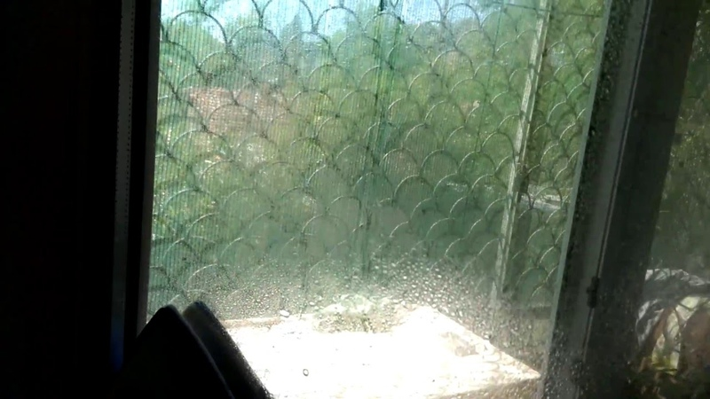 Магнитная щетка для стеклопакетов в Укрине. Как помыть окна при помощи магнитной щетки