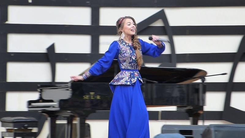 Певица ВероНика - На побывку едет молодой моряк (bk.mirt@mail.ru)