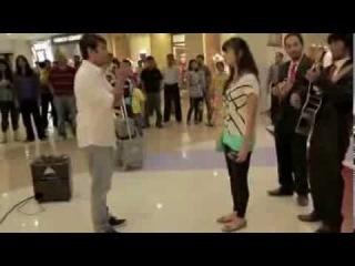 REJECTED Indian Man MALL Marriage PROPOSAL, OH MAN, I hurt from laughing LOL (Epic Fail)