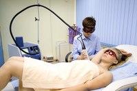 На процедуру удаления волос лазером, сделать лазерное удаление волос по низкой цене.