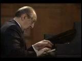 Vladimir Horowitz plays Mozart Piano Sonata K.330 in C Major 2nd Movement