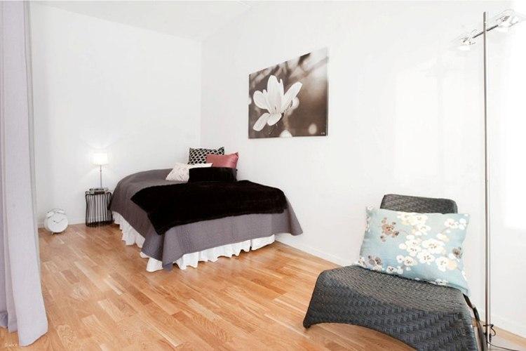 Квартира-студия 40 м в Европе с верандой.