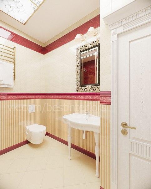 Ванная комната в классическом стиле с яркими цветовыми акцентами в оформлении. Включает в себя пости… (4 фото) - картинка
