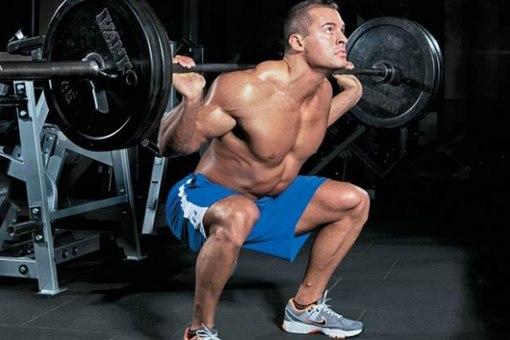 10 Мар 2013.  Силовые тренировки делают мужчин красивыми, но это отчасти является и опасной деятельностью.