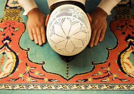 Подобно христианству и иудаизму, ислам во многом опирается на учения пророка Авраама.
