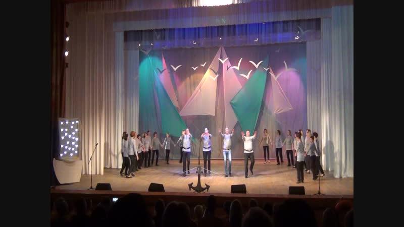 Концерт, посвященный 25-летнему юбилею Петровской школы. Номер от учителей.