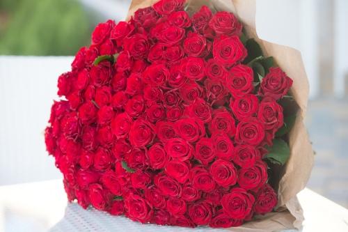 Подарок на 8 марта - букет цветов