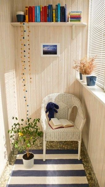 Комната для отдыха на лоджии или балконе