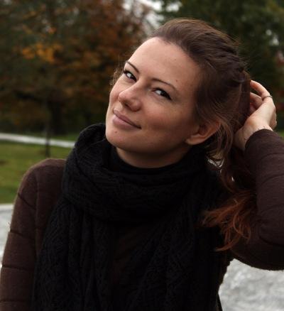Оля Трускова