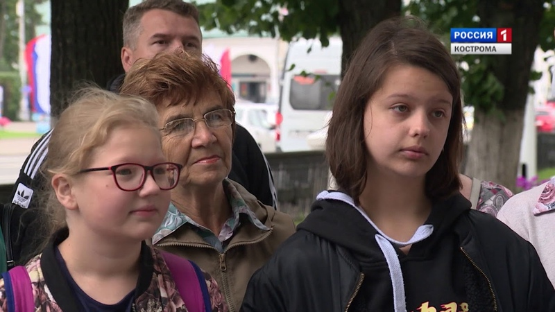 Дольщики «Костромагорстроя» провели пикет у здания городской администрации