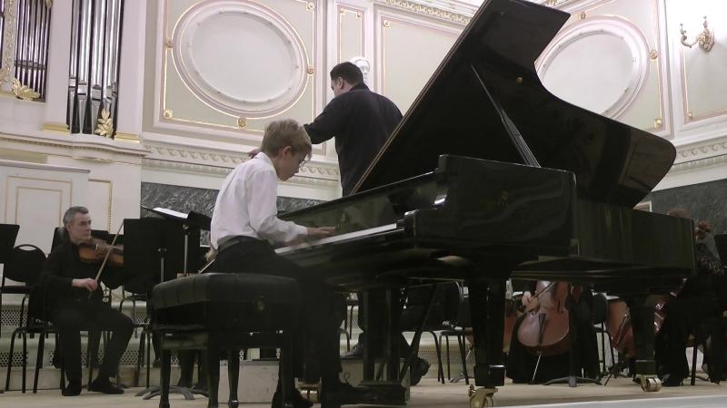 Бах. Концерт для фортепиано с оркестром Ре Минор (1 часть)