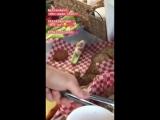 Перерыв; закадровое видео о Шеннона