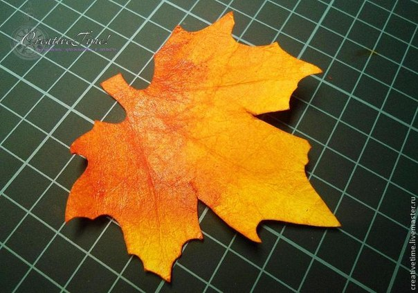 Большие осенние листья из бумаги своими руками 86