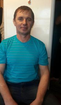 Емельянов Валентин