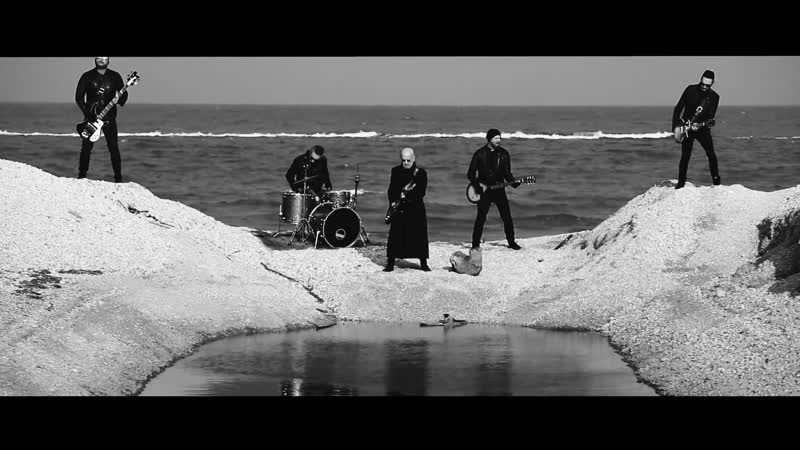 Enrico Ruggeri - Come lacrime nella pioggia (Official Video)