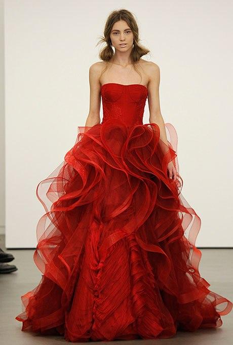 2FM7RHKDIc0 - 17 Фактов, которых Вы не знали о свадебном платье