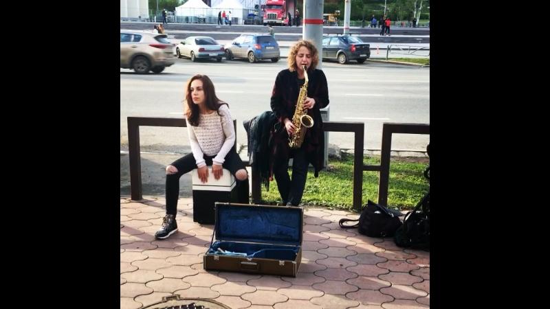 Street music Perm. Viktoria Vear, Valeri Veber