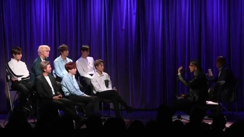 Интервью BTS в музее Гремми
