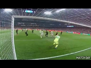 Karim Benzema Header Goal - Real Madrid vs Napoli 1-1 - UCL 15/02/17