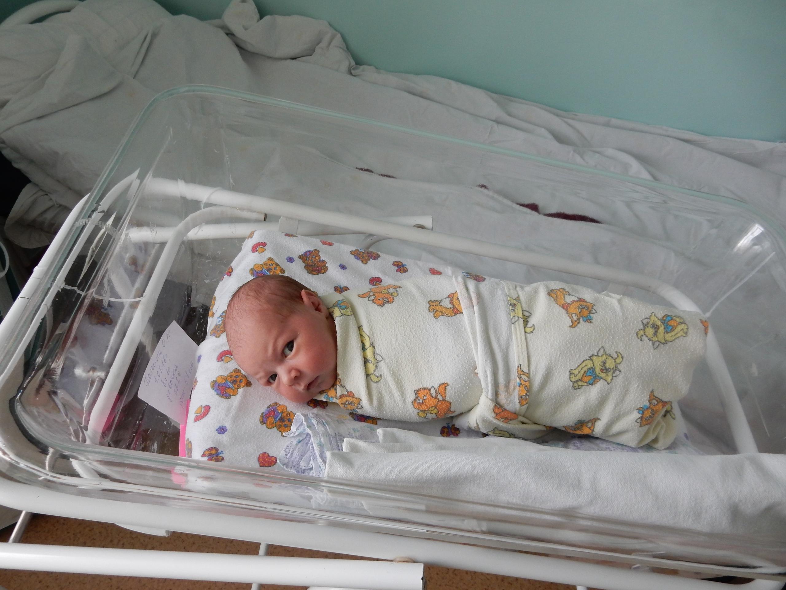 Фронтовая Горловка: 10 малышей родились за минувшую неделю