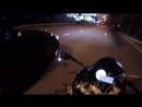 Как бывший полицейский отгонял мотоциклиста от своего «Мерседеса»