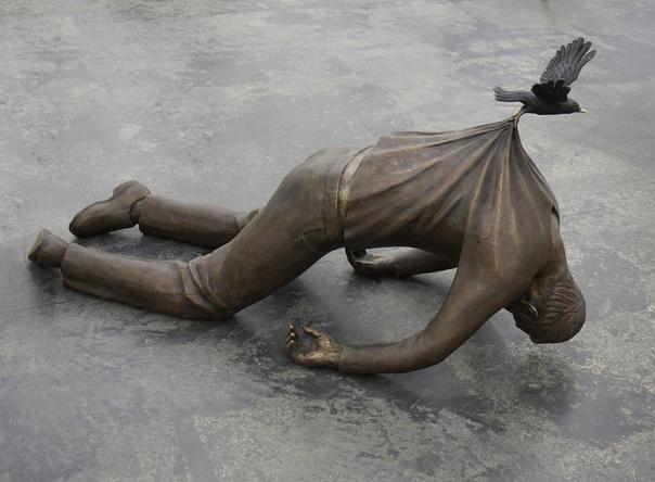 Искусство вне гравитации: скульптуры, над которыми не властны законы физики (Часть 1) Некоторые современные скульпторы удивляют своей способностью создавать шедевры, буквально парящие в воздухе