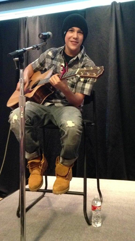 Austin Mahone (Бибер №2)