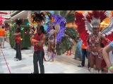 Открытие ТЦ Июнь. Парад-Карнавал со Шреком, Котом и танцовщицами из Рио - 1 :)
