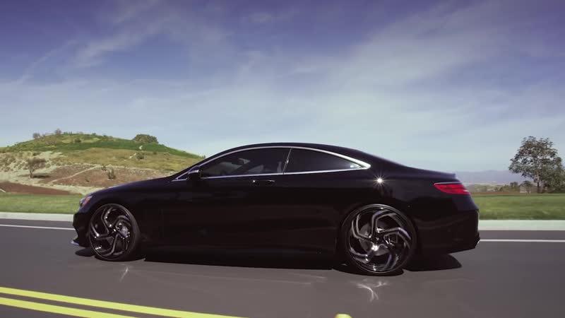 Mercedes Benz S Coupe On 22 Black and Chrome Lexani Wheels
