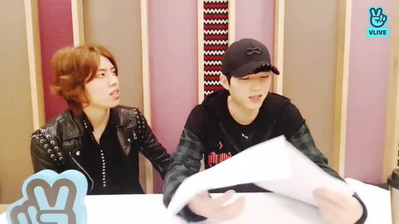 Myungsoo suddenly appeared without knowing woohyun was doing a live broadcast - - ms whats that! whats this situation - dw i jus