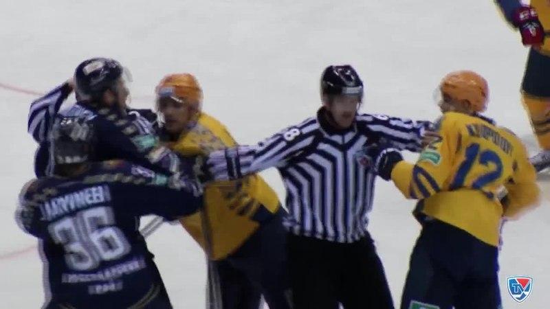 Моменты из матчей КХЛ сезона 14/15 • Удаление. Уитни Райан (ХК Сочи) удален на 2 минуты за грубость 12.01