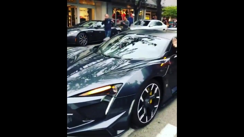 The Fenyr Supersport and Lykan Hypersport spotted rolling out!! 😯