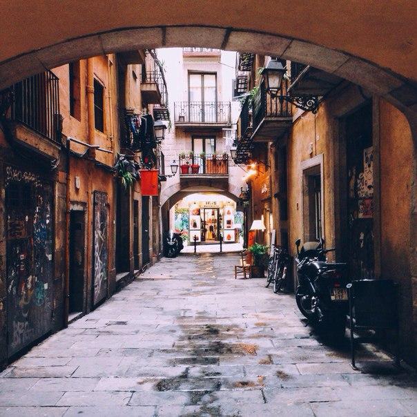 Петербург: авиабилеты в Барселону за 10900 рублей туда-обратно