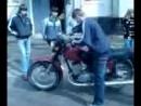 Pervii raz za rulem motocikla 3gp