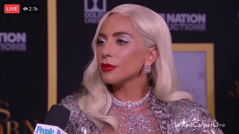 Интервью для «People» на премьере фильма «Звезда родилась» в Лос-Анджелесе (24.09.2018)
