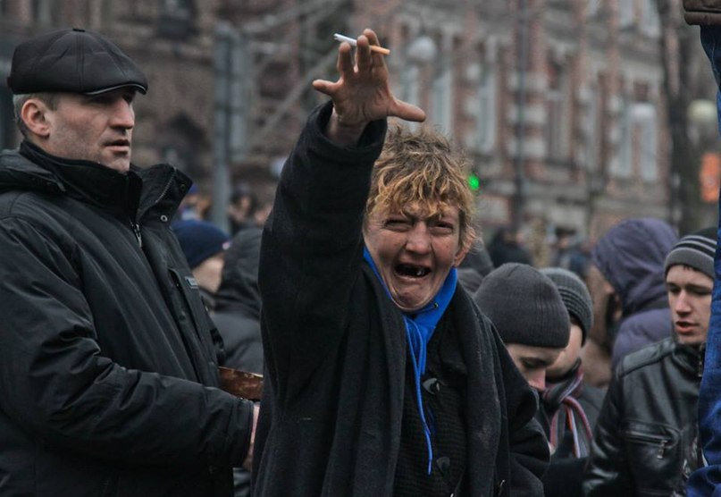 """""""Разбирать баррикады на Майдане пришли те же """"титушки"""", что били людей на акции """"Вставай, Украина"""" с Вадиком """"Румыном"""", - """"свободовец"""" - Цензор.НЕТ 9604"""