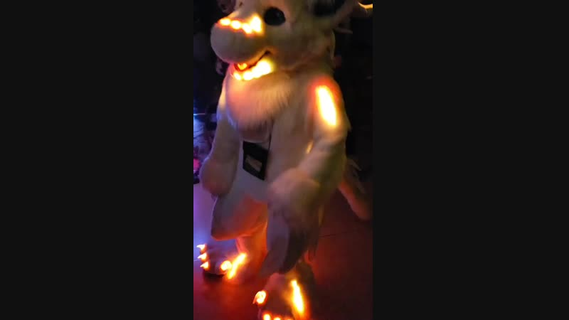 Fursuit dance light