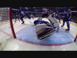 Frederik andersen returns from injury for spectacular sprawling glove save